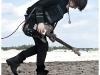 clip_huntingtherobot-17